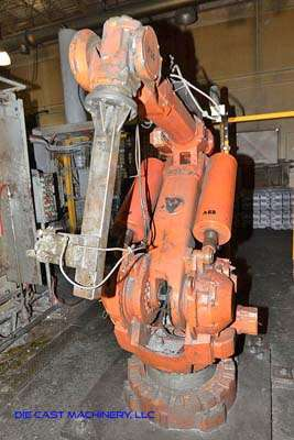 Picture of ABB IRB 6400 Six Axis Foundry Rated Industrial Robot with Extractor Package/Gripper for Extracting Die Castings For_Sale DCMP-3212