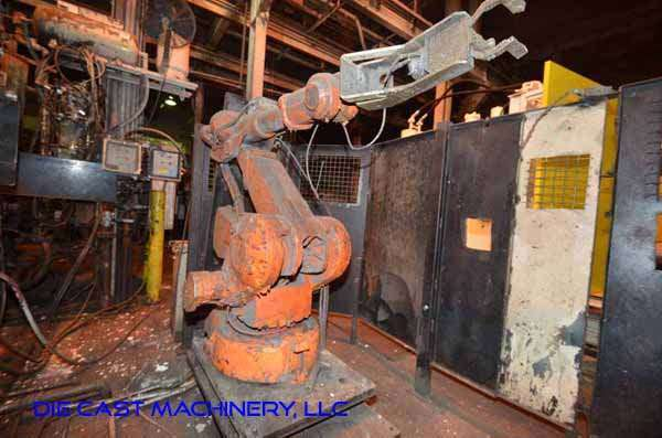 Picture of ABB IRB 4400 Six Axis Foundry Rated Industrial Robot with Extractor Package/Gripper for Extracting Die Castings For_Sale DCMP-3339