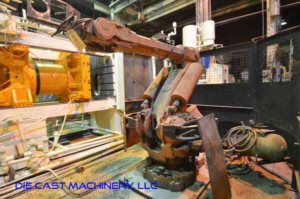 Picture of ABB IRB 6400 Six Axis Foundry Rated Industrial Robot with Extractor Package/Gripper for Extracting Die Castings For_Sale DCMP-3342