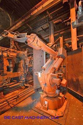 Picture of ABB IRB 6400 Six Axis Foundry Rated Industrial Robot with Extractor Package/Gripper for Extracting Die Castings For_Sale DCMP-3370