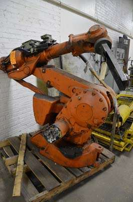 Picture of ABB IRB 4400/60 Six Axis Foundry Rated Industrial Robot with Extractor Package/Gripper for Extracting Die Castings For_Sale DCMP-3658