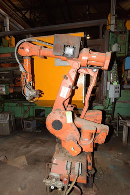 Picture of ABB IRB 4400/60 Six Axis Foundry Rated Industrial Robot with Extractor/Gripper & Die Spray Lubrication Package For_Sale DCMP-4211