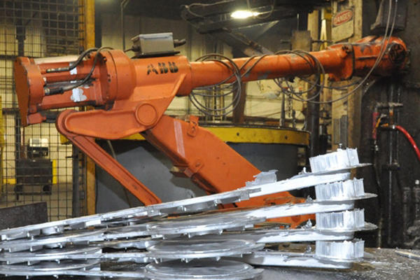 Picture of ABB IRB 4400/L30 Six Axis Foundry Rated Industrial Robot with Extractor Package/Gripper for Extracting Die Castings For_Sale DCMP-4287