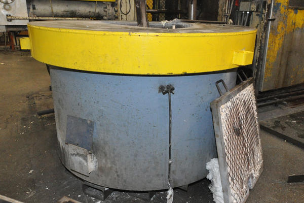 Picture of Dynarad EC-1500 Electric Heated Silicon Carbide Crucible Type Aluminum Melting & Holding Furnace For_Sale DCMP-4309
