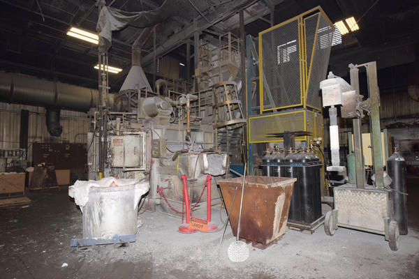 Picture of Lindberg MPH 62-SM4000 Stack (tower/shaft) Type Stationary Aluminum Melting and Holding Furnace For_Sale DCMP-4336