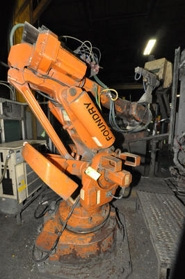 Picture of ABB IRB 6400 Six Axis Foundry Rated Industrial Robot with Extractor Package/Gripper for Extracting Die Castings For_Sale DCMP-4486