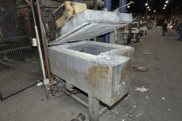 Picture of Cal-Miser SO 2700 Low Energy High Efficiency Natural Gas Heated Aluminum Holding Furnace For Sale DCMP-5151